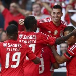 Nico Gaitan (2R) of Benfica celebrates the scoring of a goal against Sporting during their Portuguese First League soccer match held at Luz Stadium, Lisbon, Portugal, 31 August 2014.  MIGUEL A. LOPES/LUSA